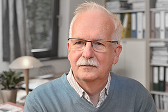 Stágel László